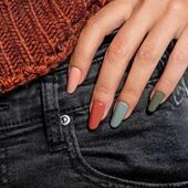 𝗔𝘂𝘁𝗲𝗻𝘁𝗶𝗰𝗮 - nová kolekce Overlaců 🤎  Navrhněte svým klientkám kombinaci barev, elegantní a hřejivé odstíny z této řady vypadají dohromady úžasně. 🍁🍁🍂  . . . . #nehty #manikura #zdobeninehtu #gellak #gelovenehty #modelaznehtu #nehtovydesign #nehtovestudio #nehtovamodelaz #nehtybrno #nehtypraha #nehtyostrava #nehtyplzen #nehtyceskebudejovice #podzim
